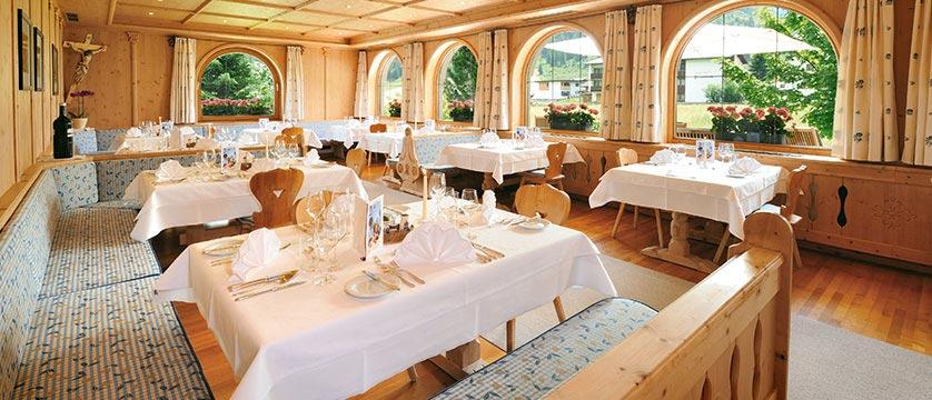 Alpenhotel Tirol,Galtür, Austria - dining room interior.jpg